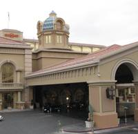 The Du-par's restaurant at the Suncoast has temporarily closed while Boyd Gaming, which operates the casino, takes over operations and management of ...