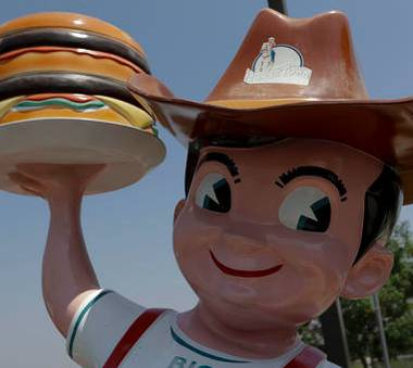 Bob's Big Boy is teaming with Terrible Herbst to bring its iconic, California-based restaurant to Nevada with a location in Indian Springs.