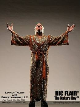 Wrestling Legend Ric Flair Autograph Signing