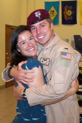 1st Lt. Joel Gentz and his wife Kathryn