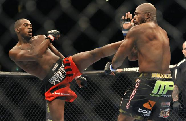 Ufc 135 Results Jon Jones Chokes Out Rampage Jackson In Fourth