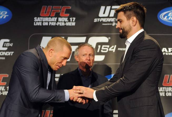 Betting odds ufc 154 bitcoin sports betting arbitrage