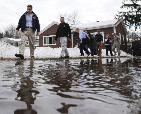 Fears Of Major Flooding In Snowbound Buffalo Ease Las Vegas Sun News