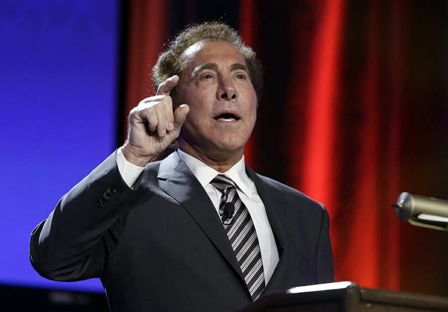 """If you were to ask me, since we're making forward-looking statements, what will the second quarter look like in Las Vegas? Weak,"" Wynn Resorts CEO Steve Wynn recently told analysts in a conference call."