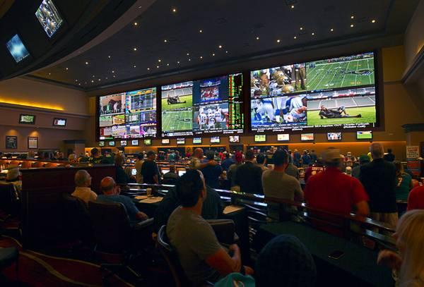 Pari mutuel betting football in las vegas melbourne city v sydney fc betting tips