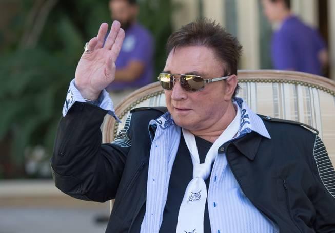 Roy Horn of Siegfried and Roy magic duo dies of coronavirus