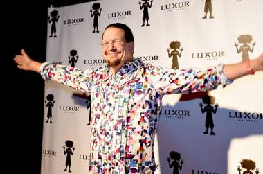 "Rio headliner magician Penn Jillette performed an original song, ""No Martyrs, No Saints,"" a tribute to late author and social critic Christopher Hitchens. ..."