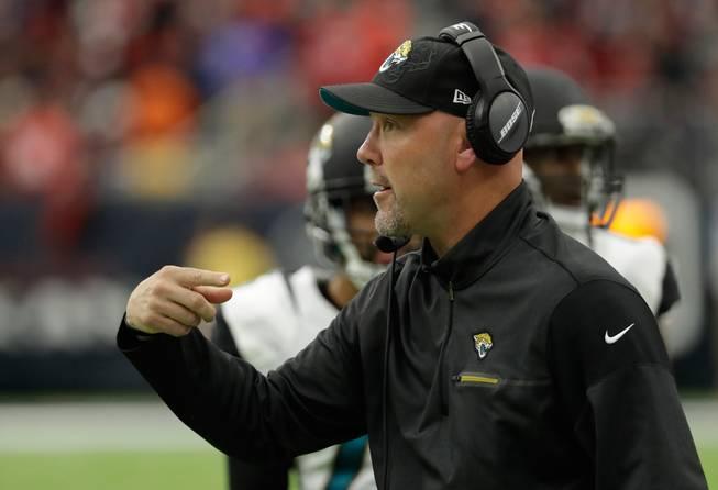 Raiders hire Gus Bradley as new defensive coordinator ...