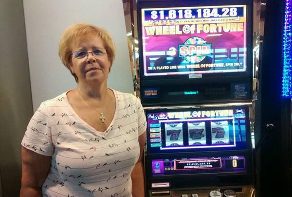 Woman hits $1.6 million jackpot at Las Vegas airport - Las Vegas Sun  Newspaper