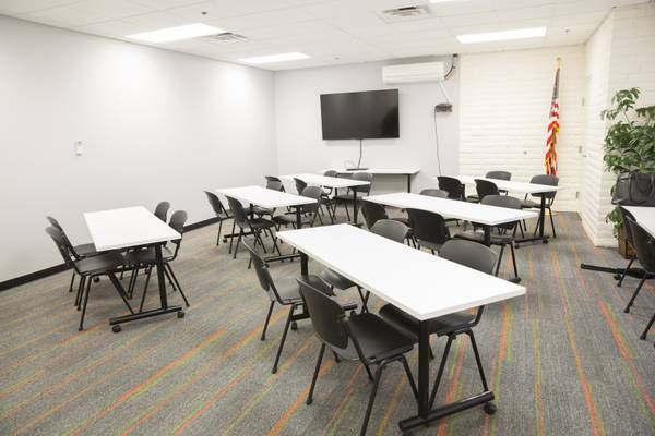 Need An Office For 30 You Can Rent Space For The Day In Downtown Henderson Vegas Inc