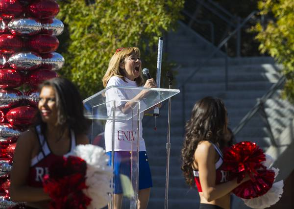 22 Unlv Programs Crack Top 100 In Annual Report Las Vegas Sun News