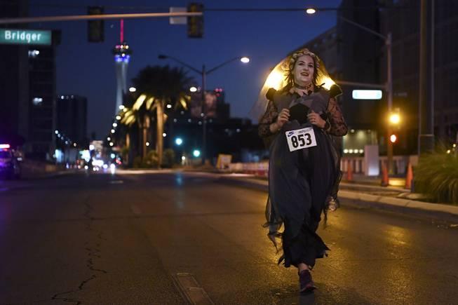 2020 Sin City Halloween 5k Run Photograph : Sin City Halloween