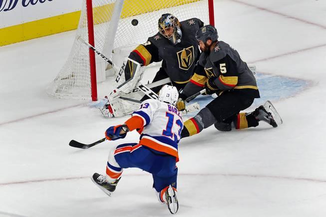 Vegas Golden Knights Defeat New York Islanders, 4-2