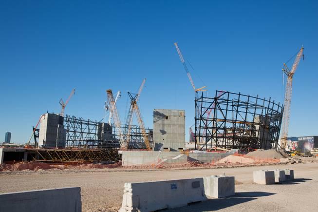 1 8 Billion Raiders Stadium Draws Praise From Las Vegas To Indianapolis Las Vegas Sun Newspaper