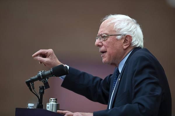 Sanders, Ocasio-Cortez Plan To Declare Climate Emergency