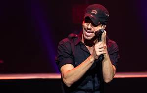 Enrigue Iglesias Performs at Zappos Theater