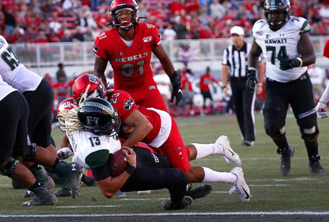 UNLV loses to Hawaii, drops to 0-6 in Mountain West play