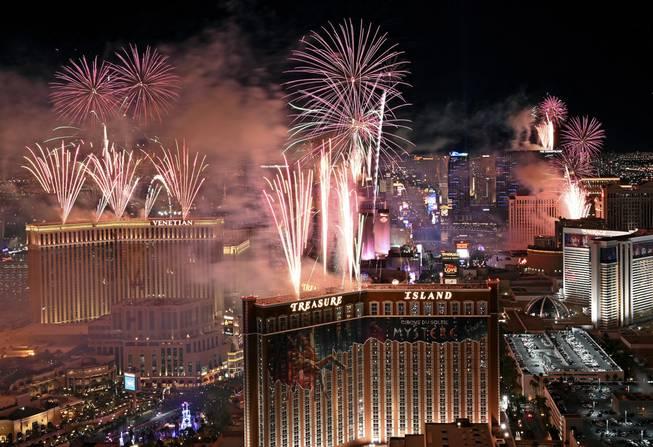 New Year S Eve Fireworks On Strip Canceled Over Virus Las Vegas Sun Newspaper