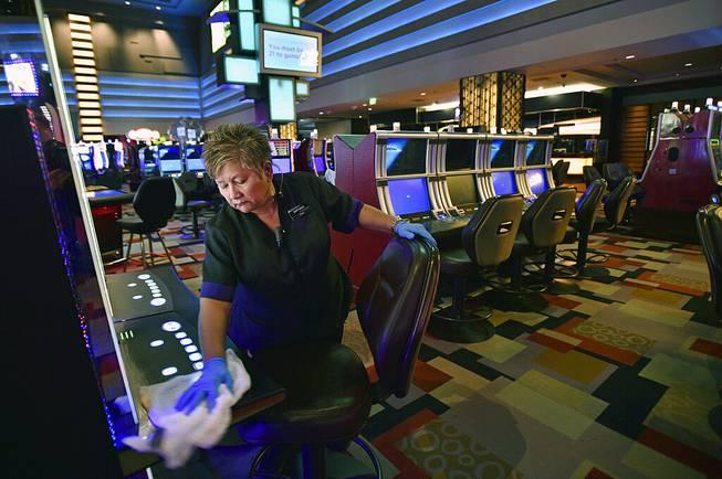 Nevada gambling regulators OK rules for casino reopenings