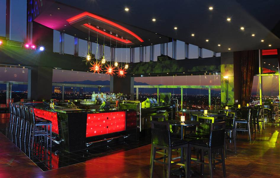 One Six Sky Lounge