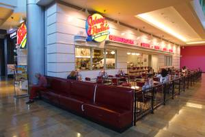 Johnny Rockets at Fashion Show Mall