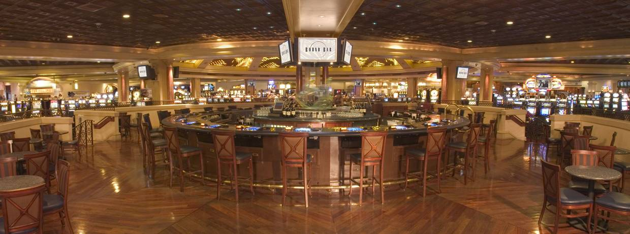 Round Bar at Rampart Casino