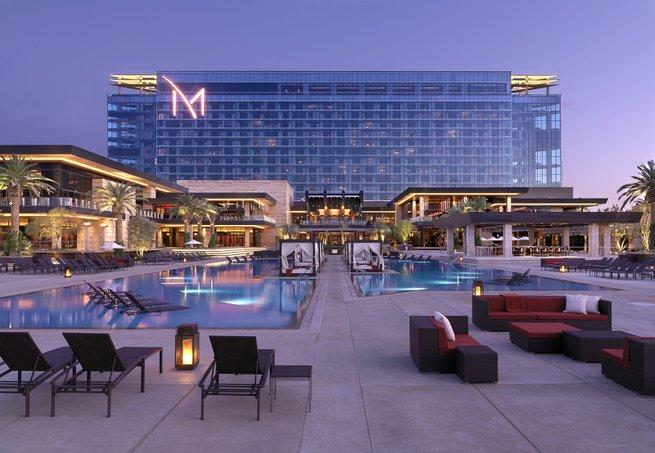 2010 Mobile Banking Summit Pool at the M Resort in Las Vegas