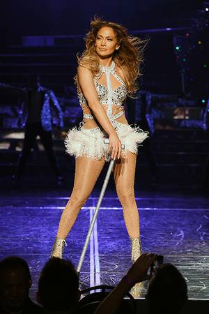 Enter to win tickets to see Jennifer Lopez at The AXIS at Planet Hollywood