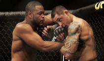 Rashad Evans uses his first and second round dominance to score a unanimous decision victory over Thiago Silva in the headlining event of UFC 108 Saturday night at the MGM Grand Garden Arena.