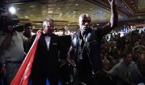 Floyd Mayweather and Shane Mosley arrive at the MGM Grand in preparation for their Saturday night fight.