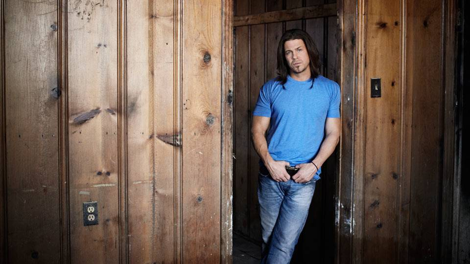 Behind the Scenes of \'Let Me Go\' by Christian Kane