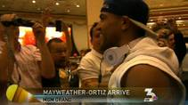 KSNV coverage of boxers Floyd Mayweather and Victor Ortiz meeting with fans as they arrive at the MGM Grand for their Saturday fight, Sept. 13, 2011.