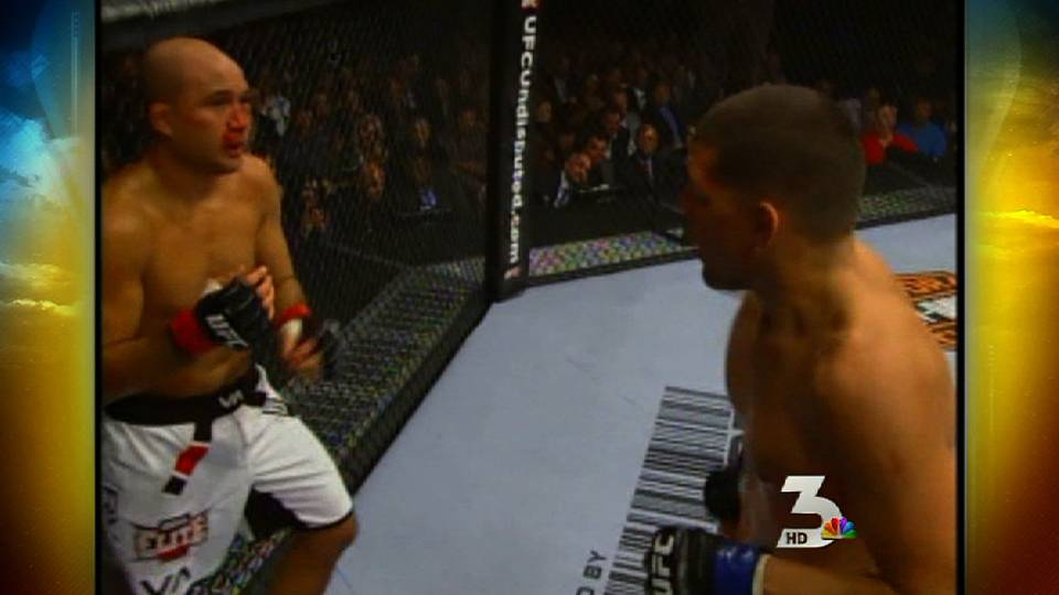 Nick Diaz defeats B.J. Penn at UFC 137