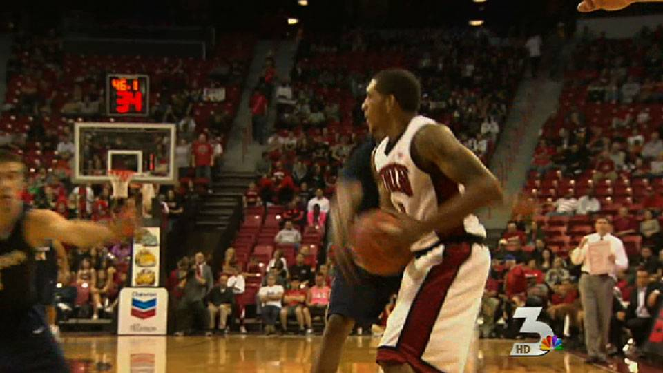 UNLV basketball team off and running
