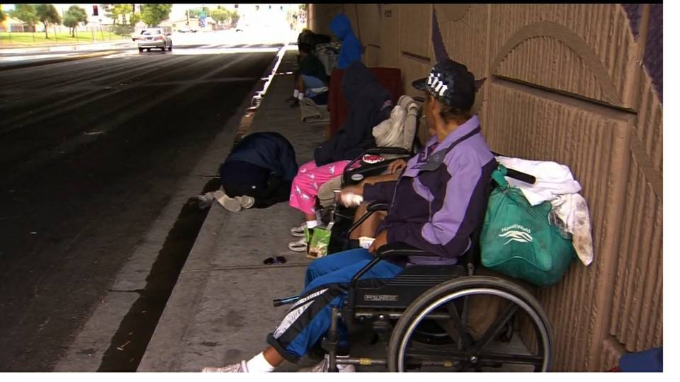 Homeless in Las Vegas battle rough conditions in rain