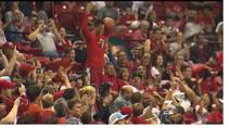 KSNV reports that the No. 19 ranked UNLV basketball team play an exhibition Scarlet and Red scrimmage, Oct. 18.