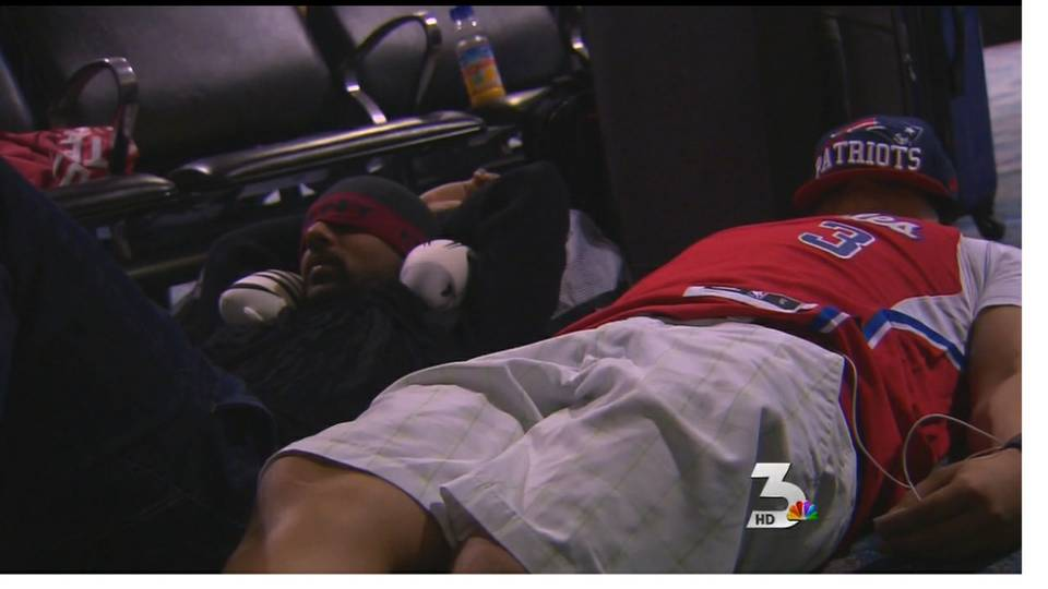 Travelers stranded at McCarran after Sandy