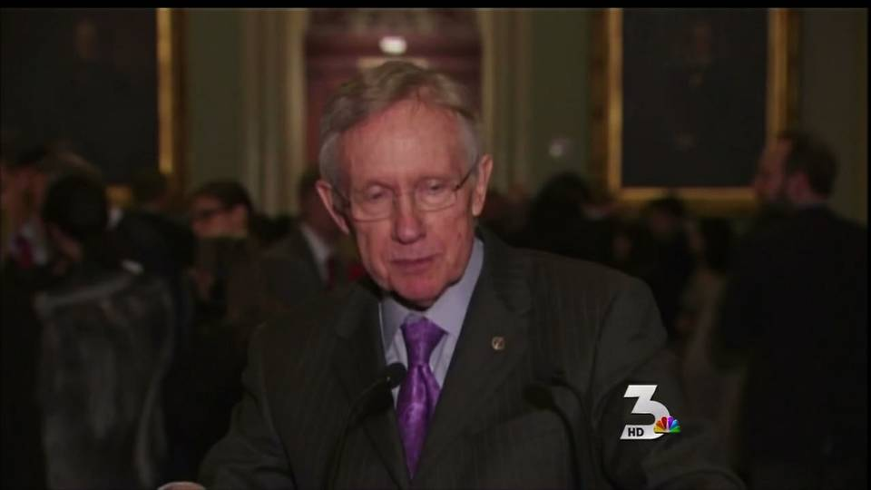 Reid addresses challenges on compromise for \'fiscal cliff\'